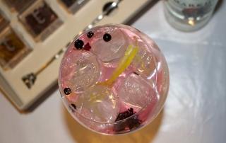Gin tonic rosado